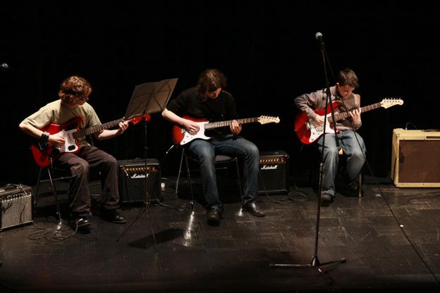 Les cours de musique du PHAKT - Centre Culturel Colombier, RENNES (35)